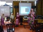 Pn. Salamah memberi ucapan meraikannya yang bertukar sekolah sbg PK Kokurikulum
